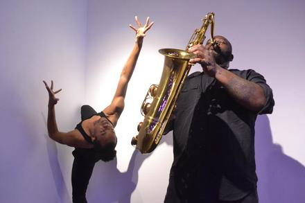 Alex jones jazz