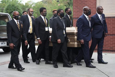 Family, friends gather in Atlanta for Rayshard Brooks public viewing